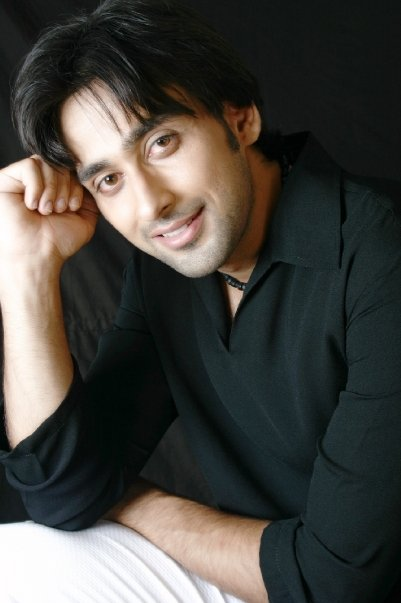 Sami khan's and his brother Taifoor khan pictures